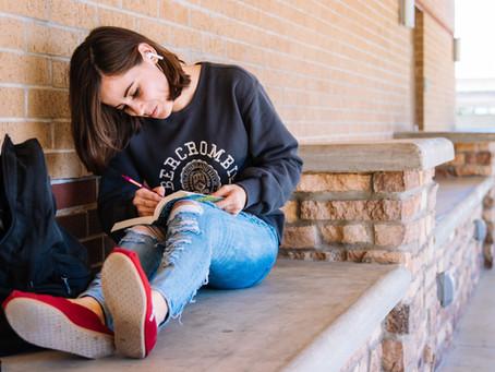 סטודנטיות בסטייל: האאוטפיטים שיעשו לך את שנת הלימודים